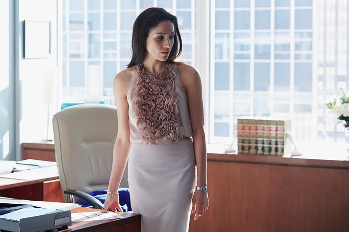 **Rachel Zane from** ***Suits***<br><br>  **Lesson:** Nail your silhouette, know your colours<br><br>
