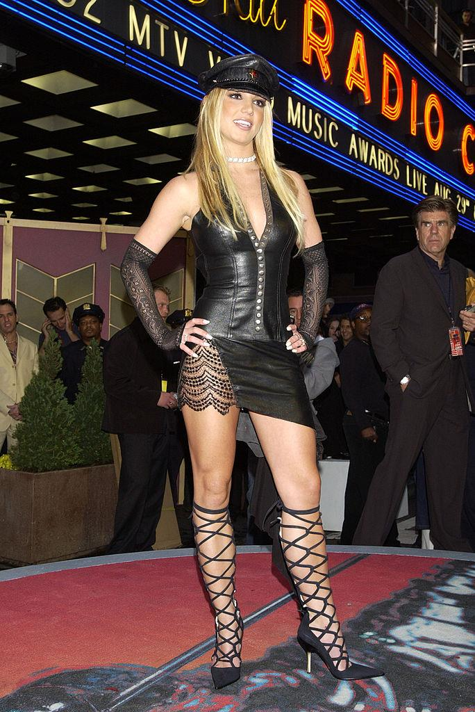 **Britney Spears' leather dominatrix get-up in 2002**<br><br>  No MTV VMA red carpet list would be complete without Britney Spears' 2002 leather dominatrix-inspired look.