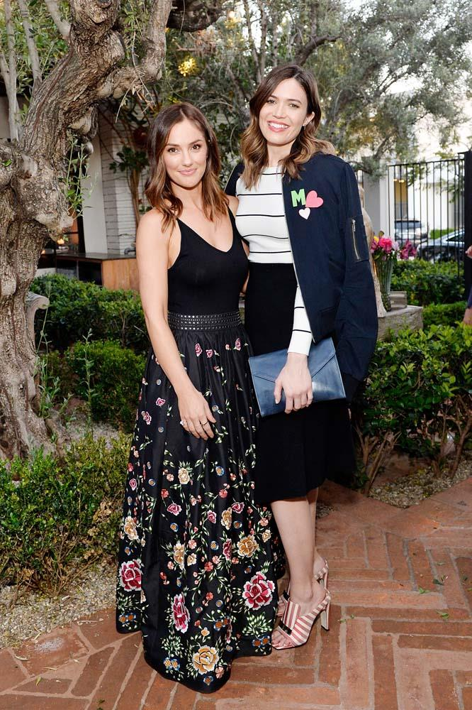 "***Mandy Moore***<br><br> *This Is Us* actress Mandy Moore is one you might not expect to be so towering, but at 5'10"", she certainly is."