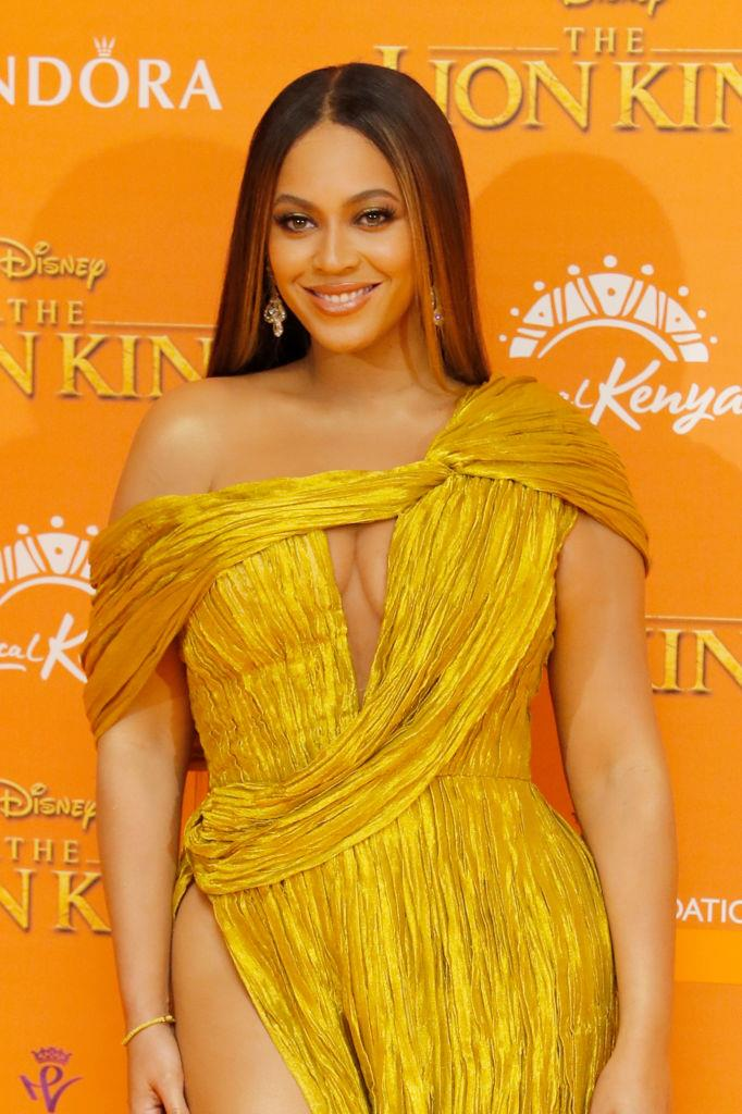 "**Beyoncé**<br><br>  Although Beyoncé [reportedly](https://www.nytimes.com/2019/02/14/style/beyonce-vegan.html|target=""_blank""