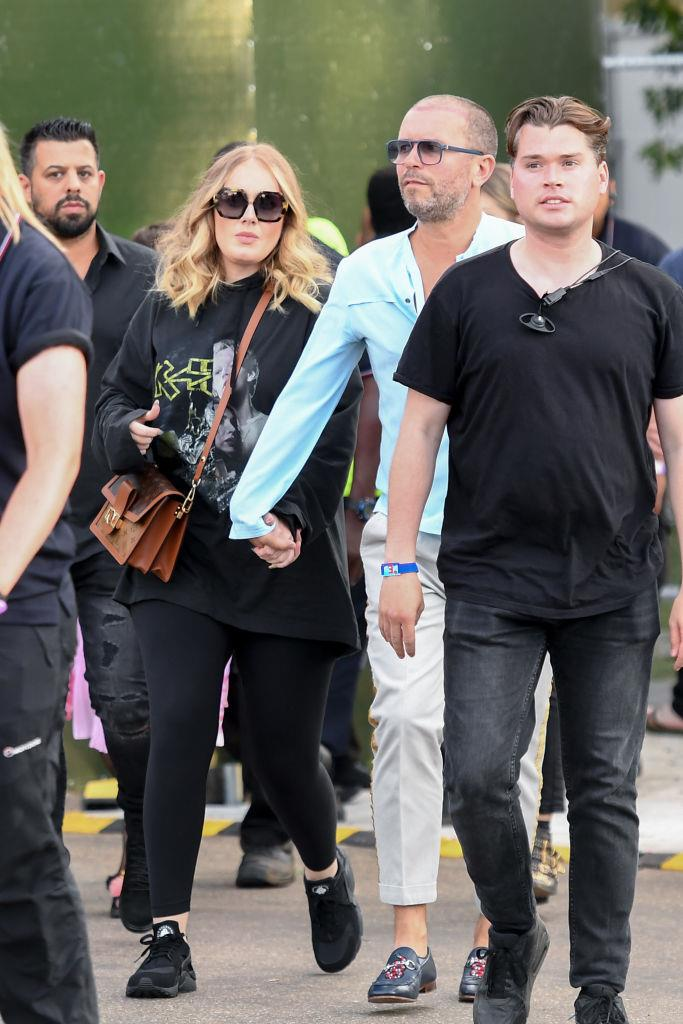 "**Adele** <br><br> Although undeniably low-key, Adele made headlines when she surfaced in public in July 2019 wearing this black off-duty outfit, just three months after announcing her split from her husband, Simon Konecki. With her rich-girl hair, [super-toned figure](https://www.harpersbazaar.com.au/celebrity/adele-diet-exercise-18846|target=""_blank"") (apparently the result of a newfound love for Pilates) and new-look wardrobe, Adele appeared happy and healthy even despite the sad split."
