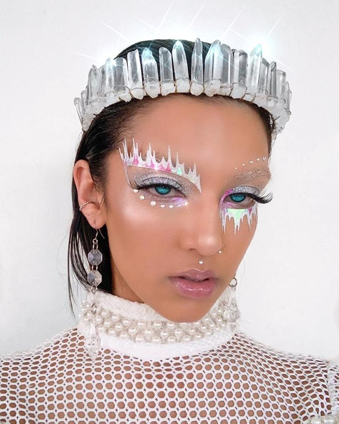 "**Ice Queen**<br><br>  Don't let the stick-on decals fool you, this 'ice queen' look is low on effort and high on 'wow' factor. For more details on achieving this striking look, head over [here](https://www.instagram.com/p/B3UAs1vBYPg/|target=""_blank""