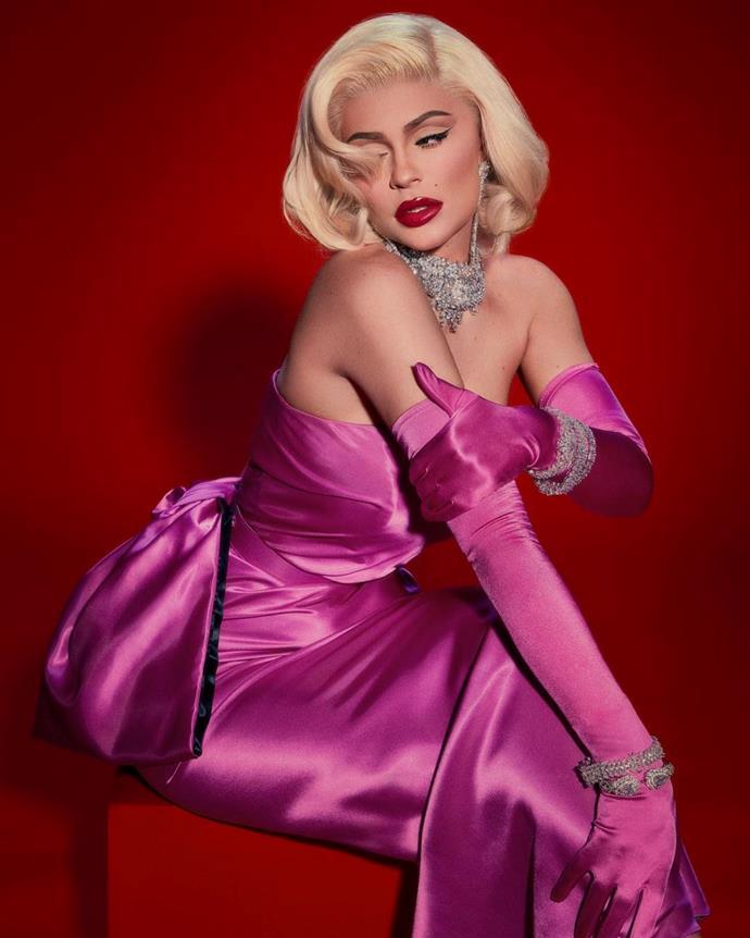 "Kylie Jenner as Marilyn Monroe in *Gentlemen Prefer Blondes*.<br><br>  *Image via [@kyliejenner](https://www.instagram.com/p/B4SqupSHqvQ/|target=""_blank""|rel=""nofollow"")*"