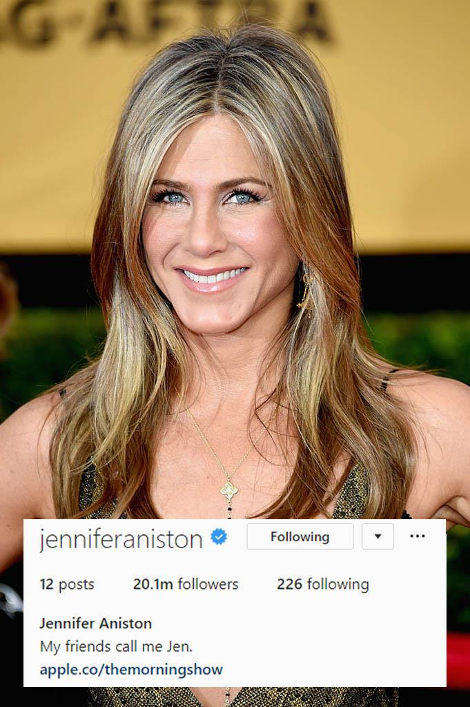 "**Jennifer Aniston**<br><br>  She may be [new to Instagram](https://www.elle.com.au/celebrity/jennifer-aniston-instagram-22448|target=""_blank"") but Jennifer Aniston is already a pro, something we could see coming from her witty, low-key bio and cheeky *Friends* reference."