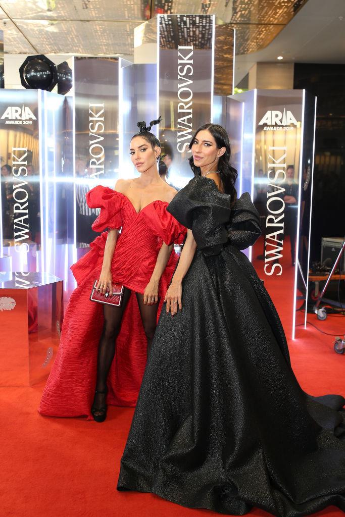Lisa and Jess Origliasso from The Veronicas.