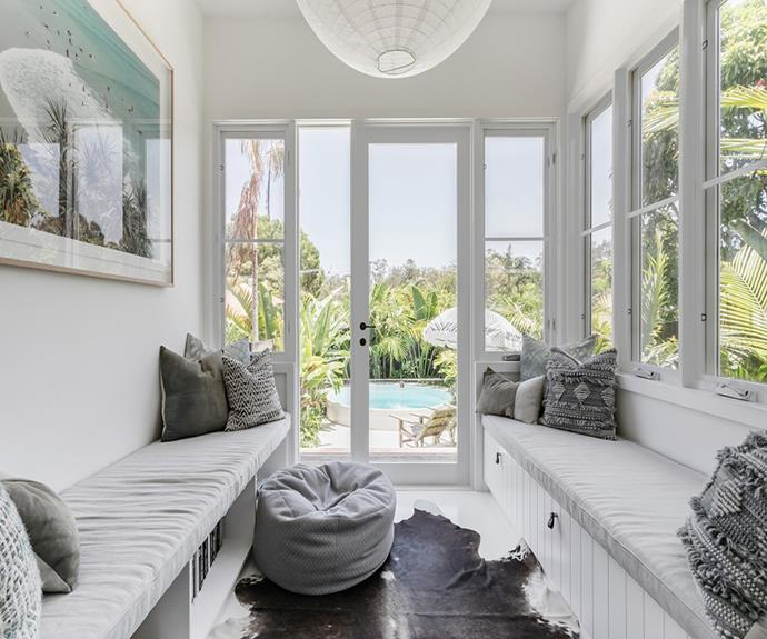 "**Barefoot Bay Cottage, Byron Bay** <br><br> *Approx $928 per night, sleeps 10 guests*  <br><br> Kick your shoes off, relax and unwind on the beaches of Byron Bay in this light-filled cottage.  <br><br> [Book through Airbnb here.](https://www.airbnb.com.au/rooms/plus/25488323?source_impression_id=p3_1575328325_FXGeYGoM9o%2BNlL6R|target=""_blank""