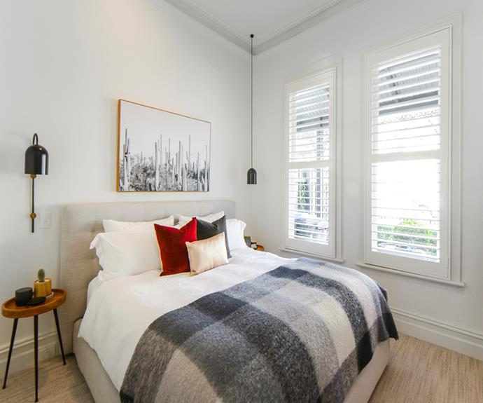 "**Victorian House, South Yarra, Melbourne** <br><br> On the brink of Chapel Street and Toorak Road, you can shop, wine and dine to your heart's content. <br><br> [Book through Airbnb here.](https://www.airbnb.com.au/rooms/plus/19863916?source_impression_id=p3_1575328480_vShxbOwJ%2FukSgIev|target=""_blank""