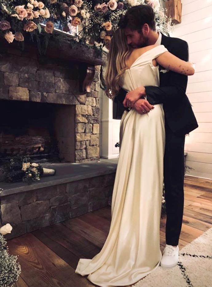 """**4. Miley Cyrus and Liam Hemsworth** <br><br> Although the marriage sadly did not last, fans were fascinated by Miley Cyrus and Liam Hemsworth's low-key, pre-Christmas wedding in their home in Nashville, Tennessee. They [split up](https://www.elle.com.au/celebrity/miley-cyrus-liam-hemsworth-split-21013