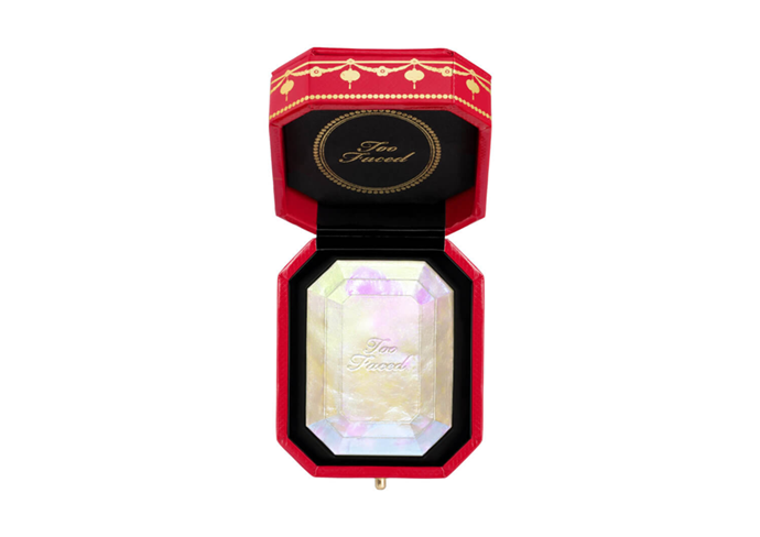 "**Diamond Light Highlighter Chinese New Year Limited Edition by Too Faced, $52 at [MECCA](https://www.mecca.com.au/too-faced/diamond-light-highlighter-chinese-new-year-limited-edition/I-042206.html|target=""_blank"") (launched January 2020)**<br><br/> Not known for their subtlety, Too Faced have launched a light-reflecting highlighter inspired by the sparkle of diamonds (and infused with actual crushed diamond powder). It's also housed in limited edition Chinese New Year packaging to triumphantly usher in The Year of the Rat."