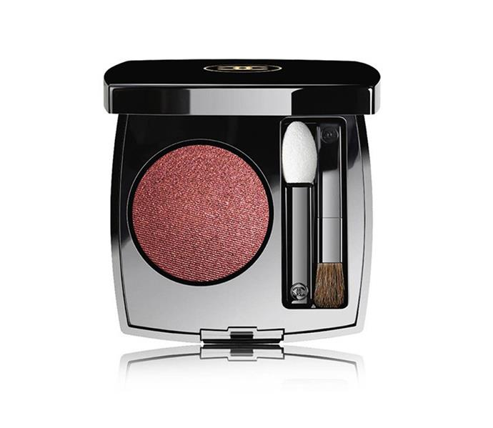 """**The shade: Cranberry<br>OMBRE PREMIÈRE Longwear Powder Eyeshadow in Desert Rouge by CHANEL, $52 at [Myer](https://www.myer.com.au/p/493233850?colour=36%20DESERT%20ROUGE