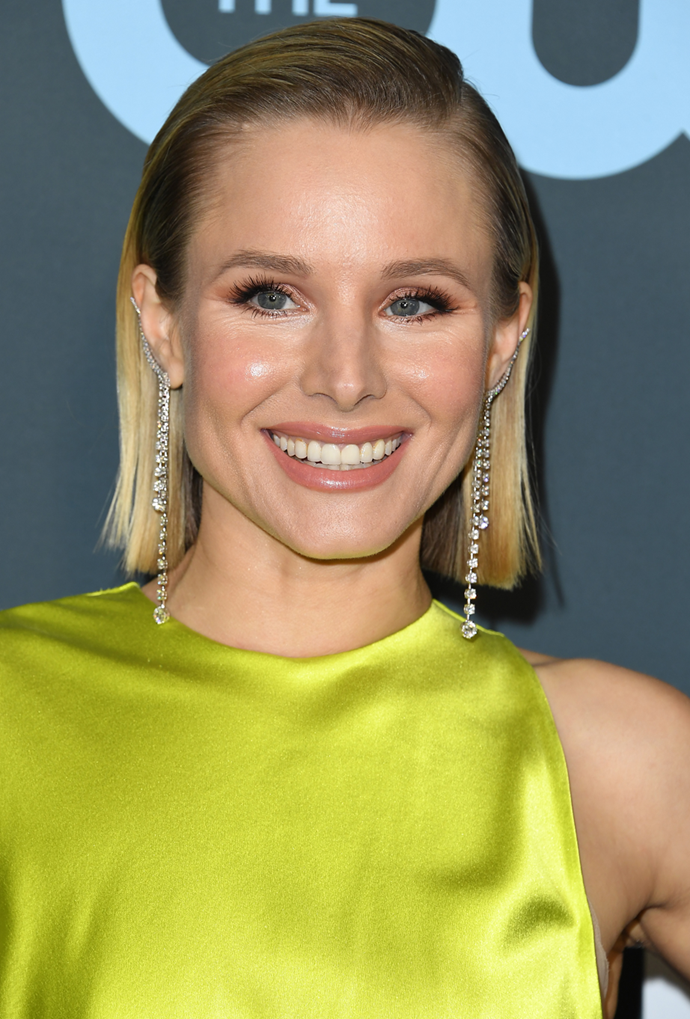 **Kristen Bell**<br></br> Bell didn't let grown-out colour stop her from rocking sleek strands.