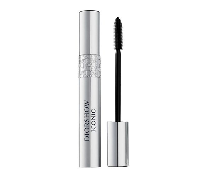 "**Diorshow Iconic High Definition Lash Curler Mascara by Dior, $56 at [Myer](https://go.skimresources.com?id=105419X1569491&xs=1&url=https%3A%2F%2Fwww.myer.com.au%2Fp%2Fdior-show-iconic-high-definition-lash-curler-mascara-806834000-806844080|target=""_blank"")**<br> Lash FOMO needn't be a concern, this lifting wand doesn't leave a single one untouched."
