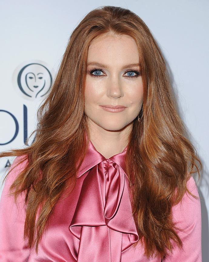**Darby Stanchfield as Nina Locke**<br><br>  Darby Stanchfield portrays Nina Locke, the siblings' mother and the widow of Rendell Locke. She is most famous for her role as Abby Whelan in the political drama series *Scandal* and as Helen Bishop in *Mad Men*.