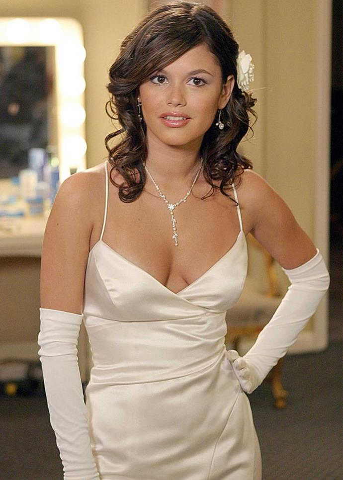 """**CANCER: Summer Roberts from** ***The O.C.***<br><br>  While she started out as a spoiled rich girl from Newport, Summer arguably developed the most out of all *The O.C.'s* characters. And like the crab, her hard, 'It'-girl shell belied her ultra sensitive core, particularly where her relationships (most notably her romance with Seth) were concerned. She was also a lot smarter and more compassionate than the show initially let on (two very Cancerian qualities), which we thankfully got to see come into its full glory when she went to Brown and became an environmental activist. That being said, [we're still not over the show's ending](https://www.elle.com.au/culture/worst-tv-show-finales-22886