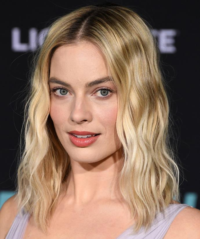 "Sporting soft mermaid waves with a peachy lip tint at the special screening of [*Bombshell*](https://www.harpersbazaar.com.au/culture/bombshell-movie-plot-19819|target=""_blank"") in December 2019."