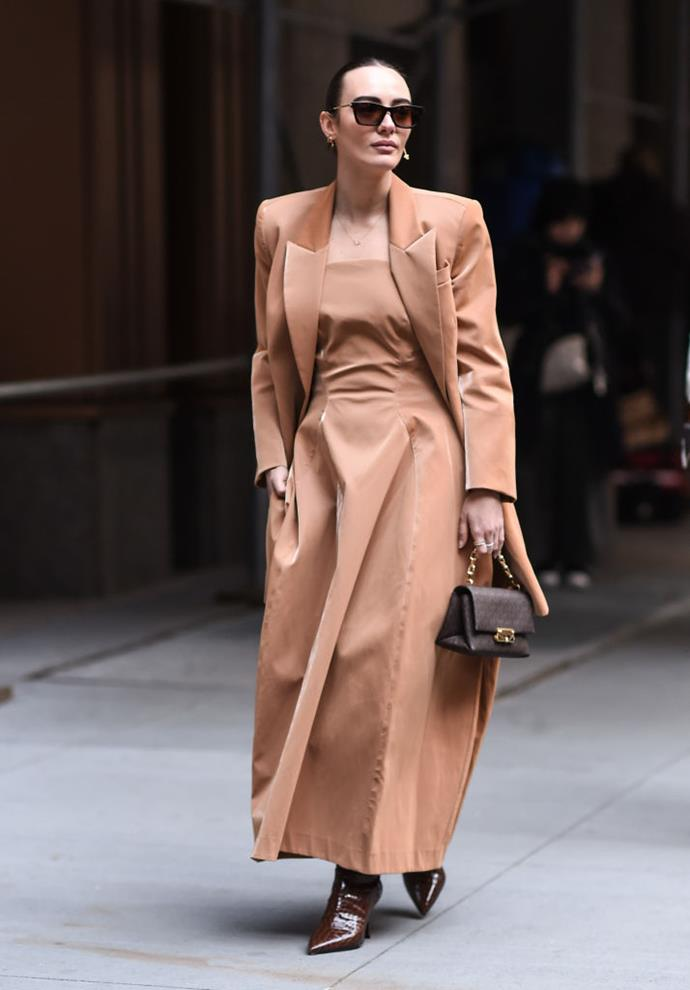 "**50 Shades Of Brown**<br><br>  Tan, beige, rust or cognac... Whichever shade you prefer, [brown is the biggest trend](https://www.elle.com.au/fashion/brown-fashion-trend-2020-23018|target=""_blank"") on the streets right now. Seen styled in many variations, from head-to-toe monochrome, to soft tonal layering paired with understated accessories, its versatility and wearability are unmatched."