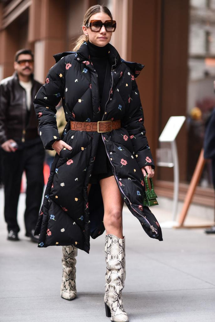 **Playful Puffers**<br><br>  Standard puffers are out: playful puffers are in. Stepping outside the usual vest-or-jacket box, Manhattan streets were awash with puffer coats that flirted with print, contrasting textures, ultra-long lines and extreme volume.