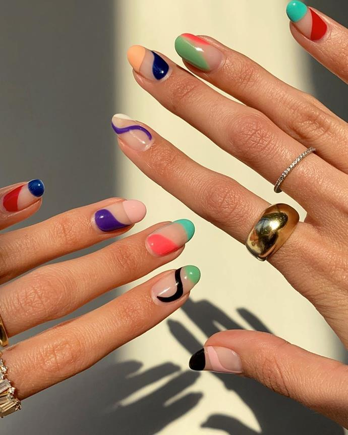 "**The Abstract Manicure**<br><br>  A little bit Matisse and a little bit messy, ['abstract' nail art](https://www.elle.com.au/beauty/abstract-nail-art-23060|target=""_blank"") is a manicure inspired by, well, actual art! Defined by blocky swoops, colourful swirls and playful dots, it's much more 'flair' and a lot less 'finesse'—perfect for unleashing your inner Picasso.<br><br>  *Image via [@laurenladnier](https://www.instagram.com/laurenladnier/