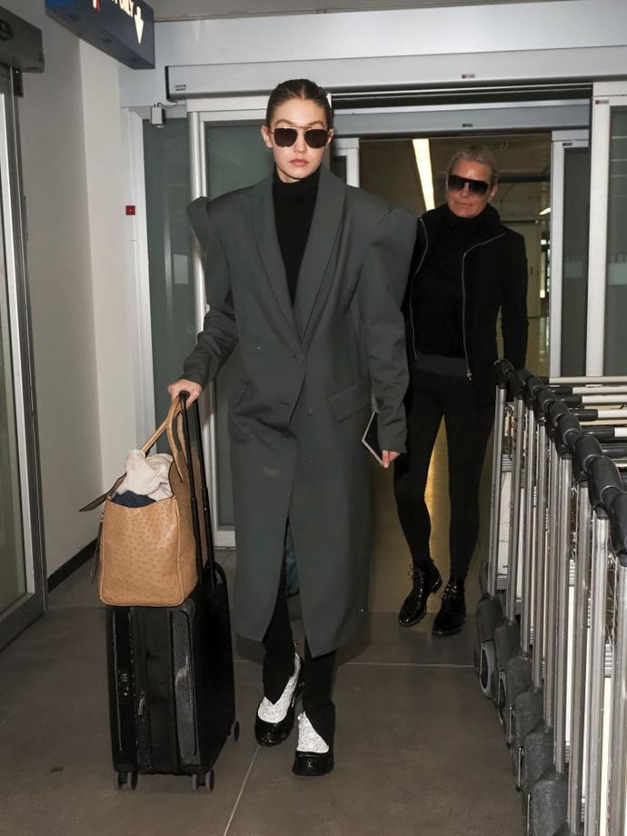 Gigi and Yolanda Hadid in Milan on February 18, 2020.