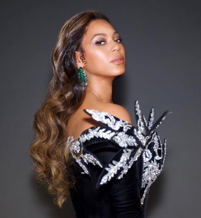 "Beyoncé<br><br>  *Image via [@beyonce](https://www.instagram.com/p/B6HUZMMnuRL/|target=""_blank""|rel=""nofollow"")*"