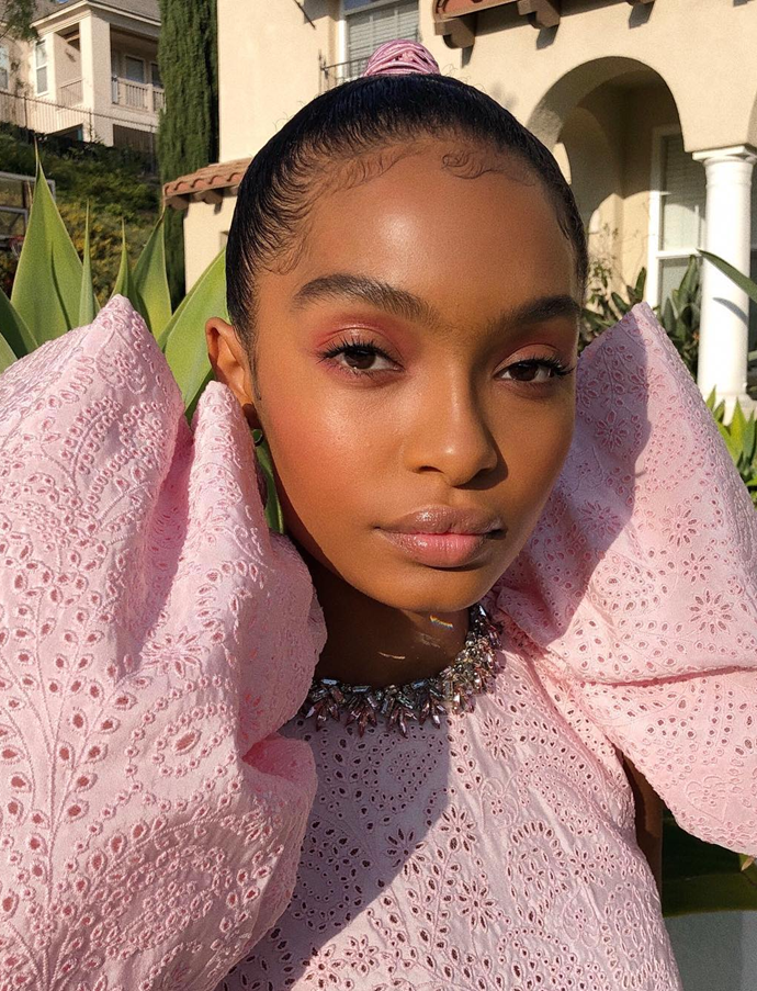 "Romantic raspberry shadow and [baby hairs](https://www.elle.com.au/beauty/celebrity-baby-hairs-23782|target=""_blank""