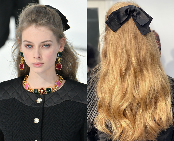 "**The trend: Oversized bows<br> Who did it: Chanel**<br> A far cry from the futuristic hair ties embraced by Balenciaga, the [hair accessories at Chanel](http://www.czovht.tw/beauty/chanel-hair-aw20-23134|target=""_blank"") were as classic as they come, sparking a revival of the black oversized bow—high fashion hair that's easy to recreate.<br> *Getty Images*"