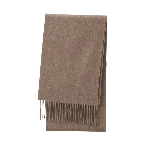 "**Cashmere knit scarf by Uniqlo, $39.90 at [Uniqlo](https://fave.co/3aYReeL|target=""_blank""