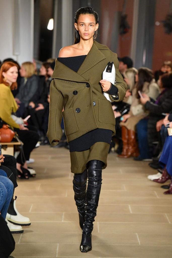 """**Everything Off-Shoulder**<br><br>  """"Slouch your coat off the shoulder for an effortless off-duty look,"""" said Wong.<br><br>  *Proenza Schouler autumn/winter '20/'21*"""