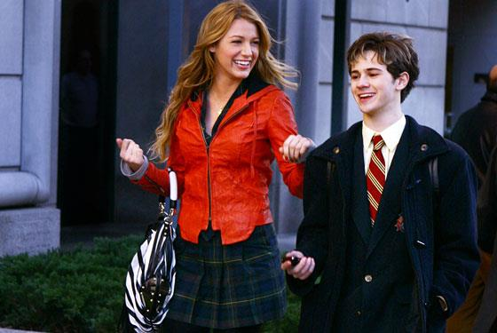 **Eric is Serena's older brother in the books, and he's not gay (and his name is actually spelled 'Erik')**<br><br>  In the TV show, Eric is shown as Serena's younger brother and portrayed as gay. In the book series, however, he's older than her and dates women (often several at a time).