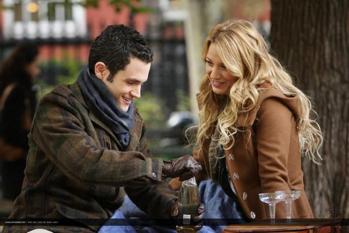 **Dan and Serena barely have a relationship in the books**<br><br>  While the show may have led us all to believe that Dan's entire modus operandi was to be with Serena, in the books, the two date briefly before breaking up when they realise they have nothing in common. And that's the end of it.