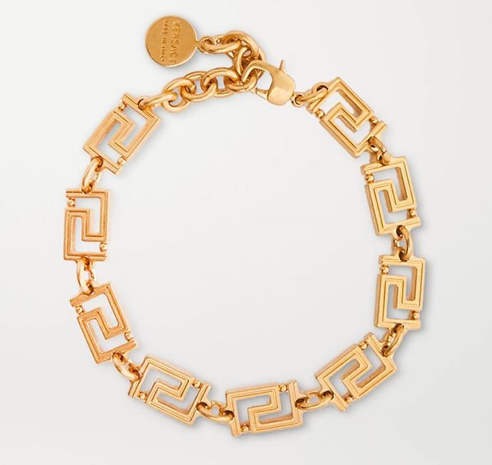 "'Gold-Tone Anklet' by Versace, $350 at [NET-A-PORTER](https://www.net-a-porter.com/en-us/shop/product/versace/gold-tone-anklet/1236613|target=""_blank""|rel=""nofollow"")"