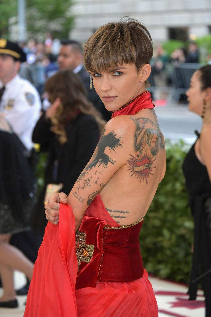 "**Ruby Rose**<br><br>  After Instagram users began telling Ruby Rose she needed to ""eat a burger"" in response to a photo she shared of herself to her page, the *Orange Is The New Black* star took to her Instagram Stories to address the concern trolling head on.<br><br>  ""Body shaming SHITS ME. It's so frustrating,"" she [wrote](https://i-d.vice.com/en_us/article/mb37jq/ruby-rose-repsonds-to-skinny-shamers-on-instagram
