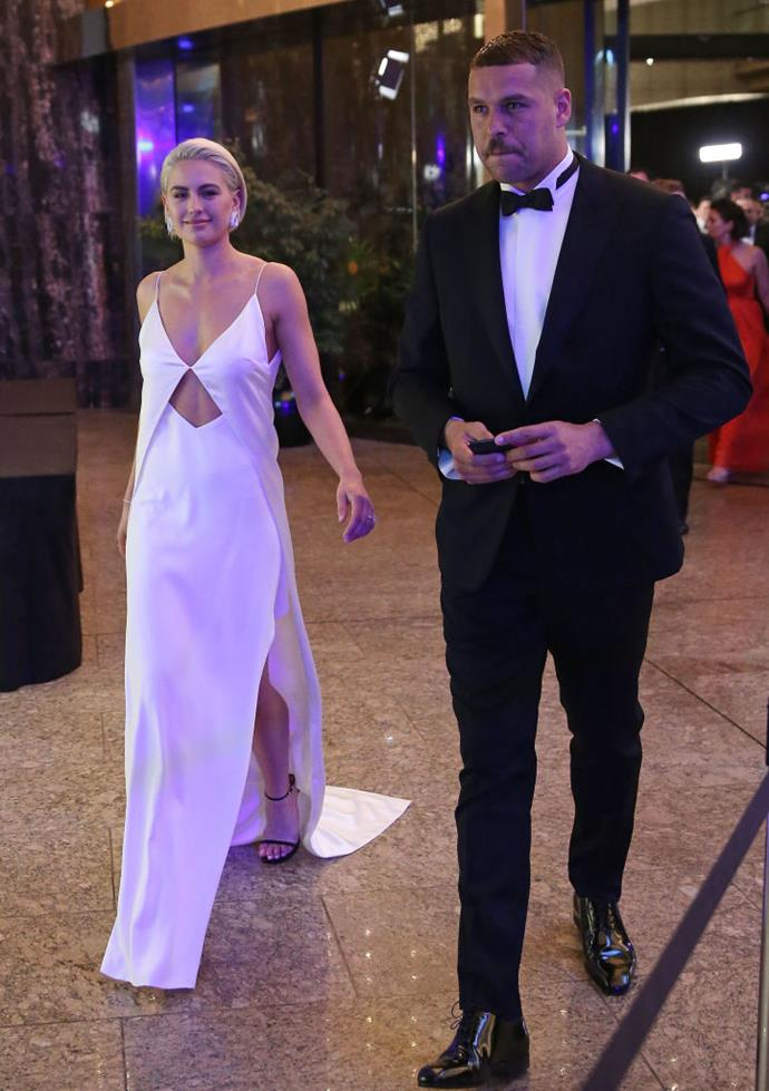 """**Jesinta Franklin in Dion Lee at the 2018 Brownlow Medal** <br><br> Australian model and It-girl [Jesinta Franklin](https://www.elle.com.au/beauty/jesinta-franklin-short-hair-20786 target=""""_blank"""") brought a modern vibe to the AFL's Brownlow Medal event in this chic custom Dion Lee number, where she stood out against other attendees' more traditional outfits. Two years later, and we're still in love with this look."""