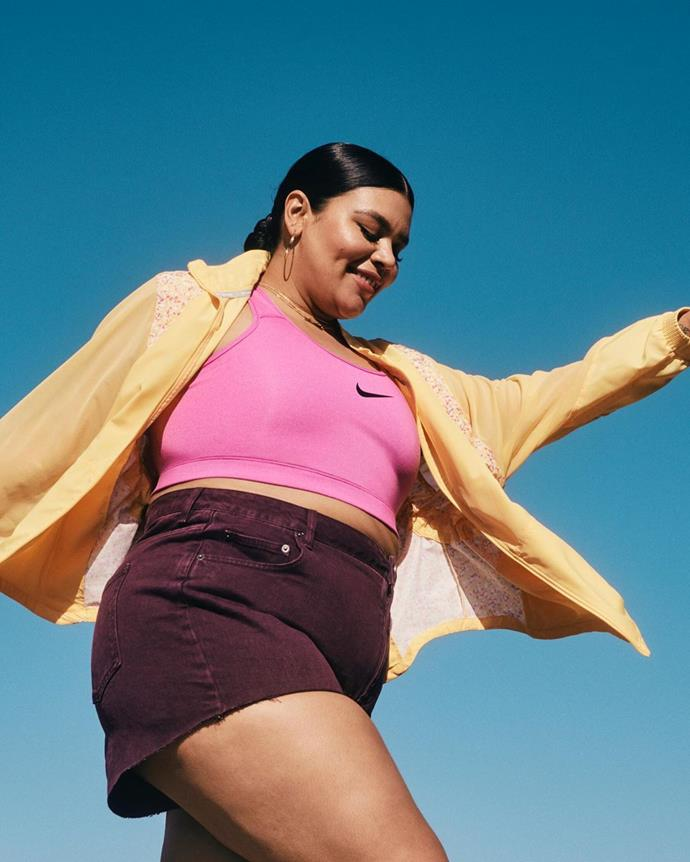 "**Nike**<br><br>  Nike believes that if you have a body, you are an athlete, and [their range](https://www.elle.com.au/fashion/nike-plus-size-line-2836|target=""_blank"") of size inclusive active and off-duty apparel reflects this ethos. Offering supportive sports bras for every form of exercise, high-performance leggings and the comfiest of trackies to rock on your rest days, there's something for every part of your active wardrobe.<br><br>  *Shop [here](https://fave.co/3d40uiU