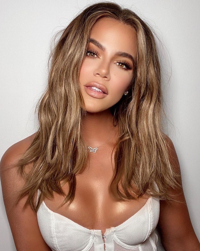 "**Khloé Kardashian**<br></br> Jumping aboard the bronde bandwagon sweeping Hollywood, Kardashian revealed a [honey-caramel colour](https://www.elle.com.au/beauty/golden-brown-hair-colour-23659|target=""_blank""