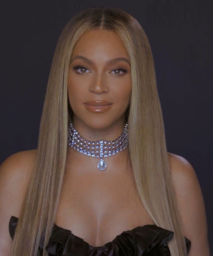 **Beyoncé**<br></br> The type of honey-hued soft glam we'll keep a reference shot of  by our makeup mirrors for years to come. The goal? To one day replicate the straight strands, soft lashes and glowing gloss combo in a way that even comes close to Beyoncé's level of stunning.