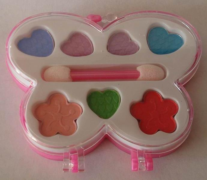 **Child-friendly Makeup Kits** <br><br> The Christmas present that you weren't allowed to wear to school. Sigh.