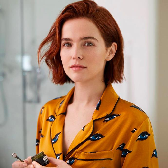 "**Zoey Deutch** <br><br> On May 19, the *Politician* star revealed to *[Vulture](https://www.vulture.com/2020/05/zoey-deutchs-quarantine-hobbies-cooking-animal-crossing.html|target=""_blank""