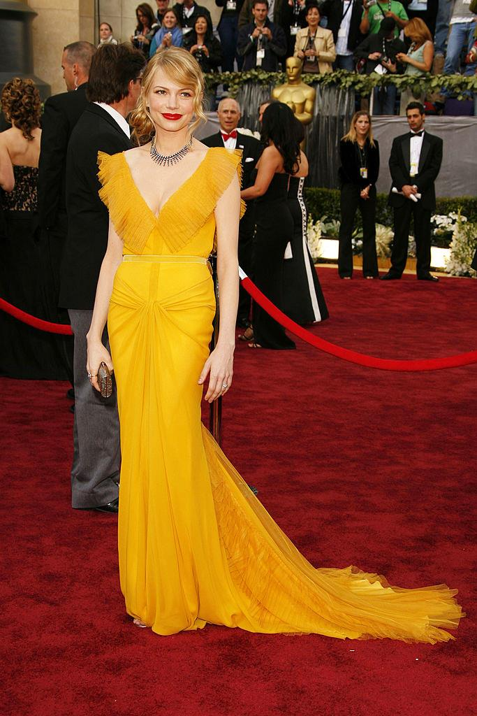 **Michelle Williams in Vera Wang at the 2006 Academy Awards**<br><br>  Mustard is rarely a hue that appears on the red carpet, but Michelle Williams pulled off this Vera Wang with aplomb.