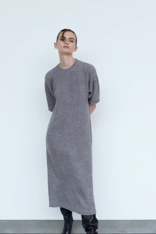 "Knit wool blend dress by ZARA, $99 at [ZARA](https://fave.co/2DQOTY2|target=""_blank""|rel=""nofollow"")."
