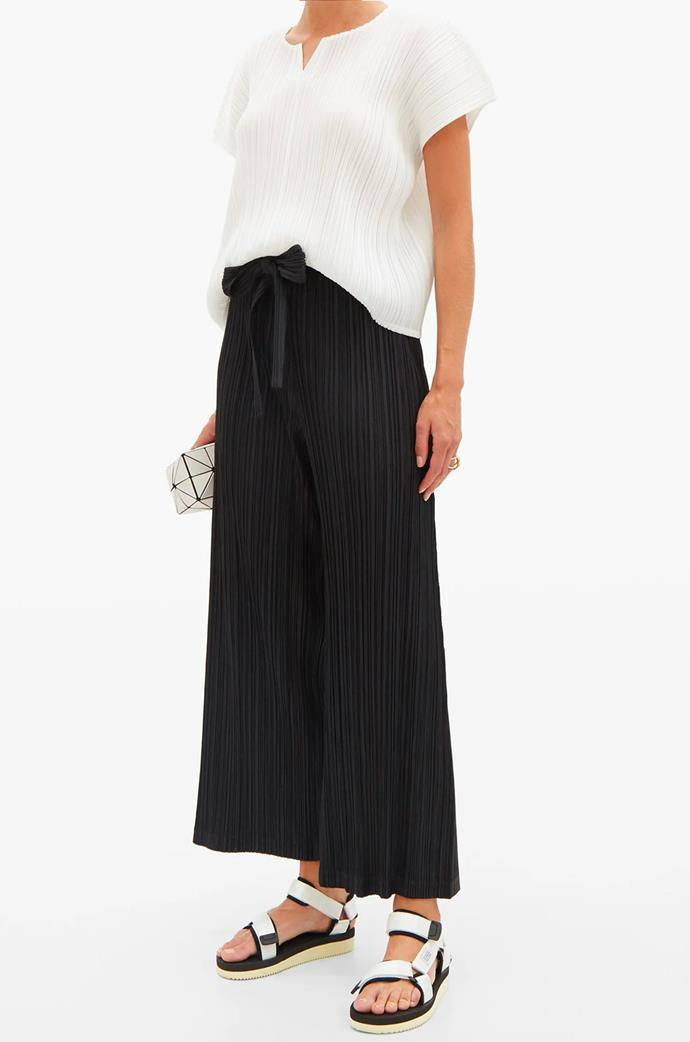 """[Cap-Sleeve Technical-Pleated Top](https://www.matchesfashion.com/au/products/Pleats-Please-Issey-Miyake-Cap-sleeve-technical-pleated-top-1373821
