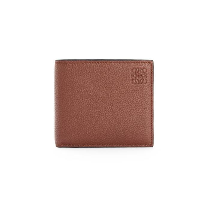 "**For The Luxury-Loving Dad**<br><br>  *Bifold Wallet in Soft Grained Calfskin by Loewe, $805 at [Loewe](https://fave.co/2EECCq4|target=""_blank""