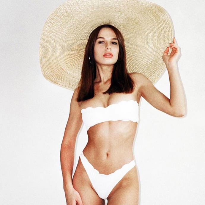 """**IIXIIST** <br> [@iixiist](https://www.instagram.com/iixiist/