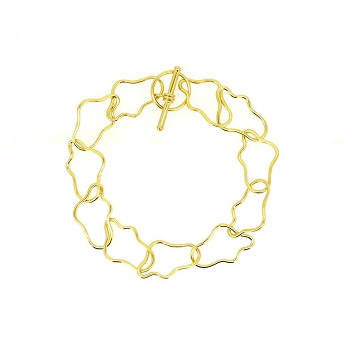 """'Madeleine' Anklet in Gold, $520 at [Holly Ryan](https://hollyryan.com.au/collections/anklets/products/gold-madeleine-anklet