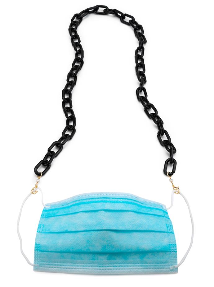 """Acetate Mask/Sunny Chain, $120.93 at [DONNI](https://shopdonni.com/collections/jewelry/products/link-sunny-chain-jet