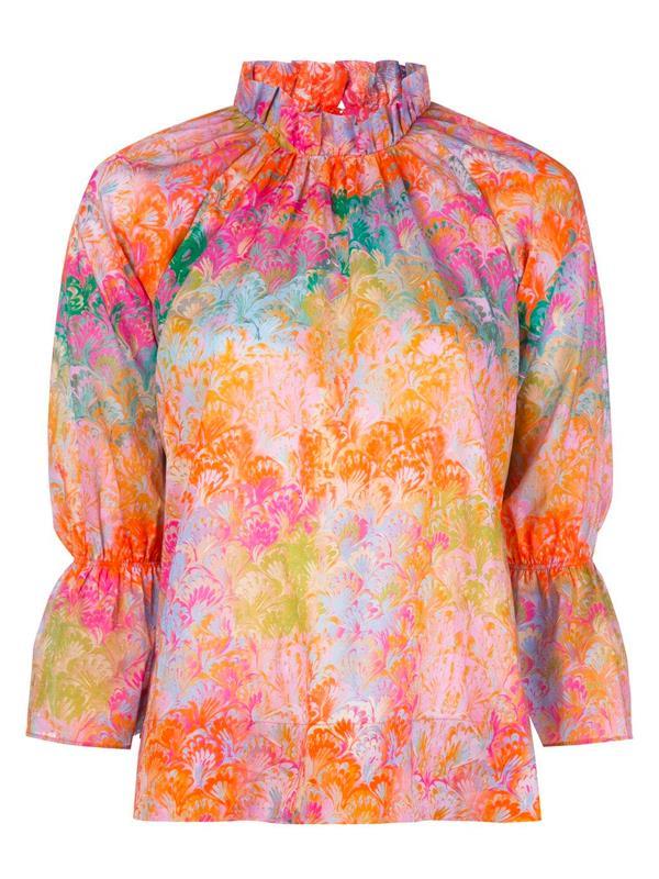 "'[Marble-Print Blouse](https://www.farfetch.com/au/shopping/women/cynthia-rowley-marble-print-blouse-item-14715166.aspx?storeid=10884|target=""_blank""|rel=""nofollow"")' by Cynthia Rowley, $443 at [Farfetch](https://www.farfetch.com/au/shopping/women/items.aspx|target=""_blank""|rel=""nofollow"")."