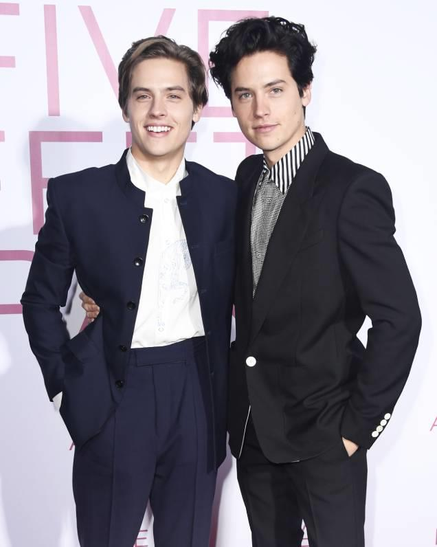 **Dylan and Cole Sprouse** <br> While the Sprouse brothers certainly share a familiar face, many may not realise that there are two rather than one of them. Famously known for their lead roles in *The Suit Life Of Zack And Cody*, the pair are so identical that it can be difficult to tell them apart. Since their childhood roles, the brothers have found fame separately in shows like *Riverdale* and films like *After We Collided*.