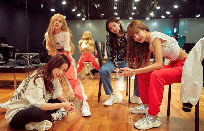 ***BLACKPINK: Light Up The Sky* (14/10/20)** <br><br> Record-shattering Korean girl band BLACKPINK tell their story—and detail the hard-fought journey behind their meteoric rise to the top.