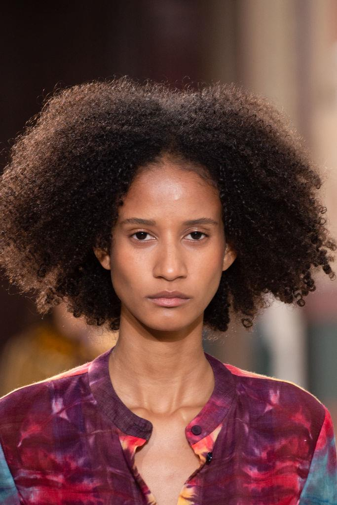 **Gabriela Hearst** <br><br> Known for her refined and ever accessible approach to womenswear, Gabriela Hearst's models looked fresh from holiday with flushed, bronzey cheeks. Lips were kept neutral with a slick of balm and hair was centre-parted and smooth.