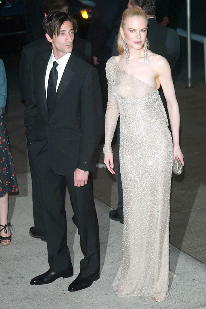 Nicole Kidman in Gucci at the 2003 Met Gala, with Adrien Brody.